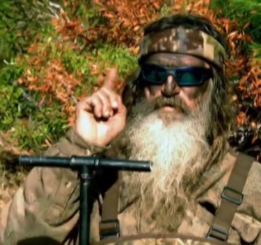 Duck-dynasty-Phil-beavers-blowing-up